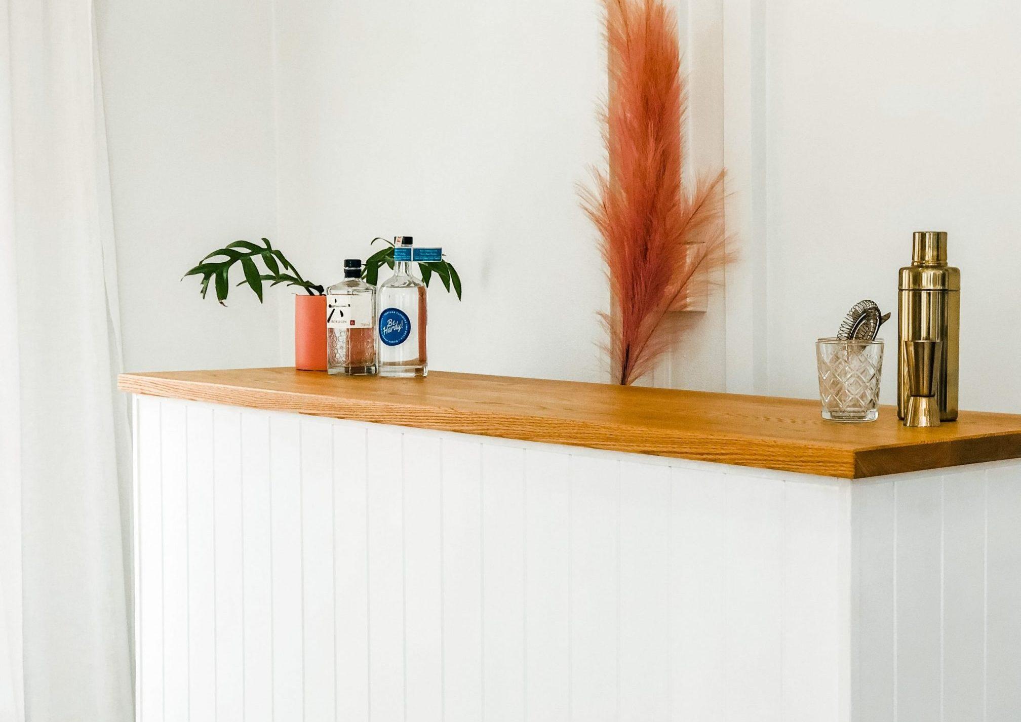 Garden party timber bar